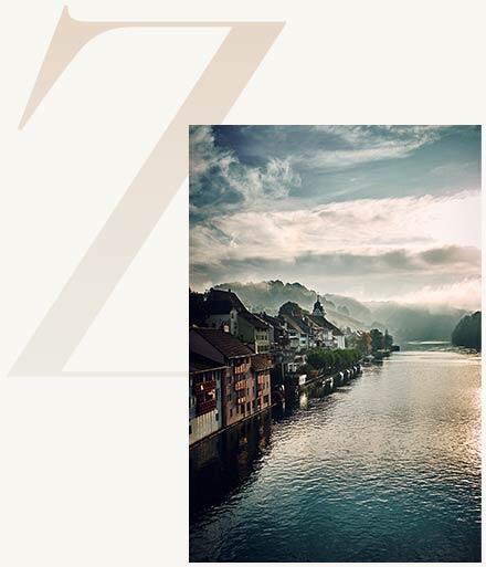 High class Escort am Zürichsee mit Ausblick auf die Stadt